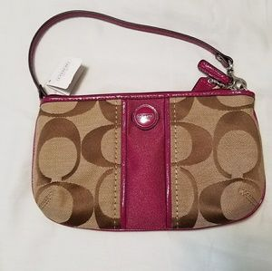 Coach Bags - BNWT Authentic Coach Wristlet